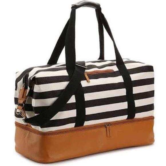 DSW Handbags - DSW Weekender Tote